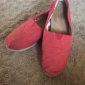 Red Toms